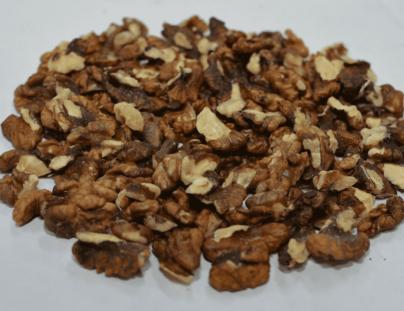 1/4 очищенного ядра грецкого ореха на экспорт.